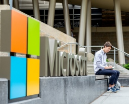 UW undergrad at C21@Microsoft Externship program